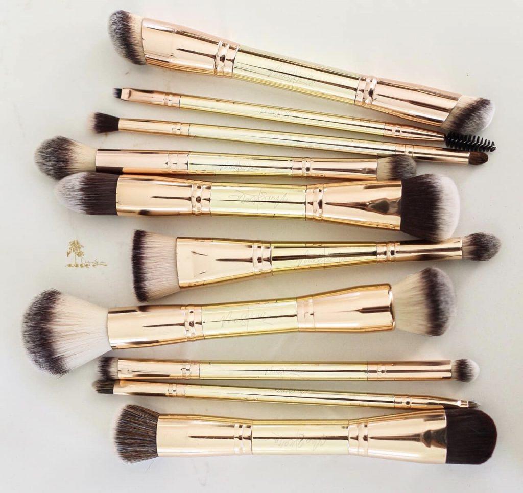 Maskcara Beauty reviewed by top US beauty blogger and top Maskcara artist, Kelly Snider.