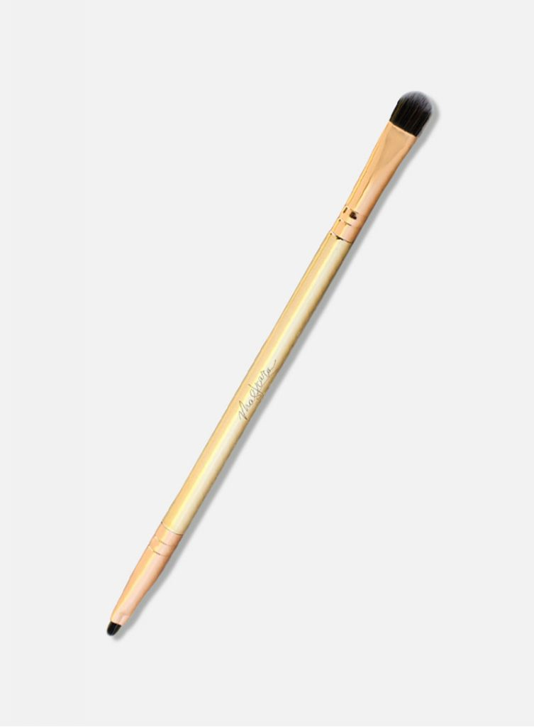 Maskcara Beauty Makeup Brushes and Tools reviewed by top US beauty blogger and Maskcara Artist, Kelly Snider: multitasker brush