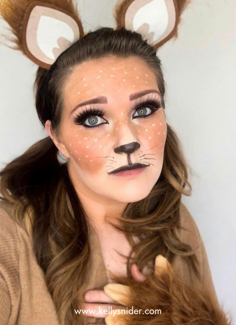 This fawn makeup look is perfect for Halloween! www.kellysnider.com
